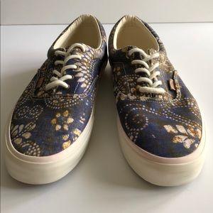 654cc2b644514e Vans Shoes - VANS Era Ca Batik Indigo Dress Blues Authentic